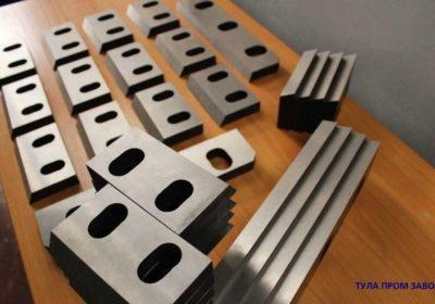 Ножи гильотинные по металлу 520 75 25